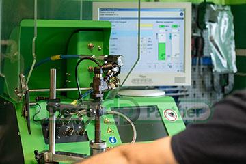 Test wtryskiwacza na urządzeniu Bosch EPS 200a